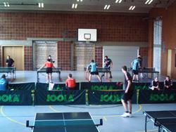 Spannende Tischtennisspiele gab es in der Balbachhalle zu sehen